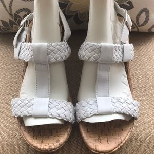 Super cute girls white sandals by Cherokee-Size 3
